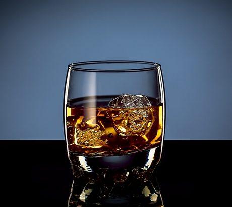 """Rome Whisky Festival presenta: """"il Giro del mondo in 80 whisky"""". Bere bene a Ponte Milvio."""